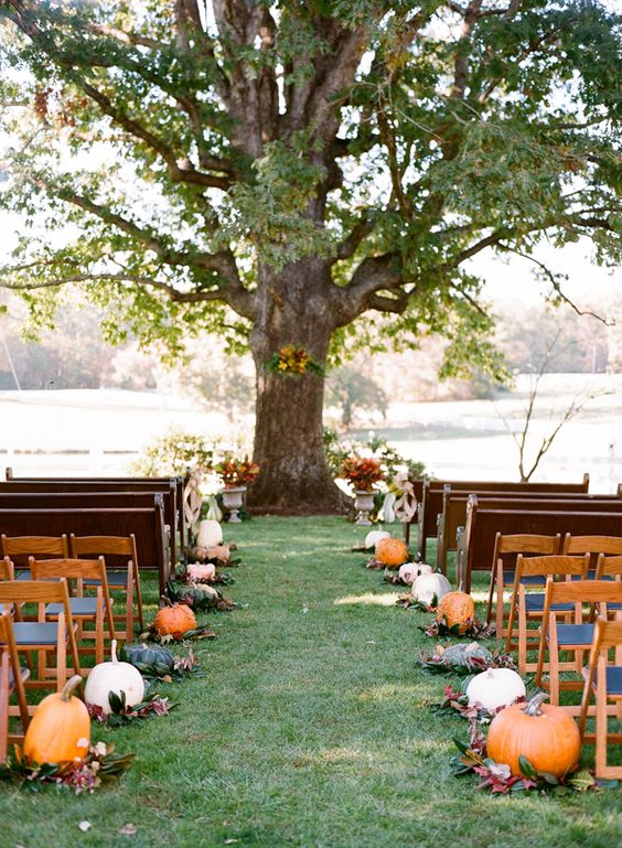 Everything You Need To Plan A Fall Wedding